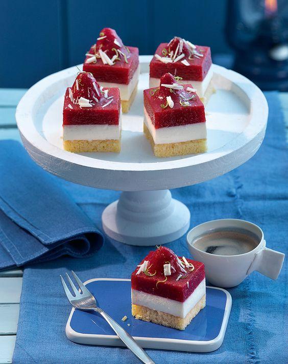 Erdbeer-Grands-Fours - Fruchtige Happen mit Panna Cotta, Limette und Erdbeeren
