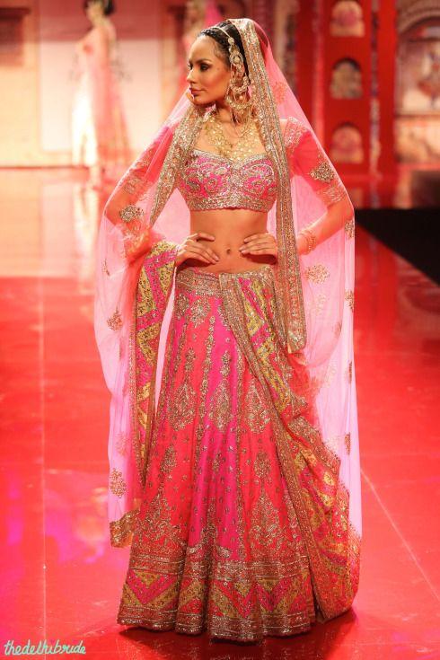 Suneet Verma bridal lehenga via thedelhibride.com: