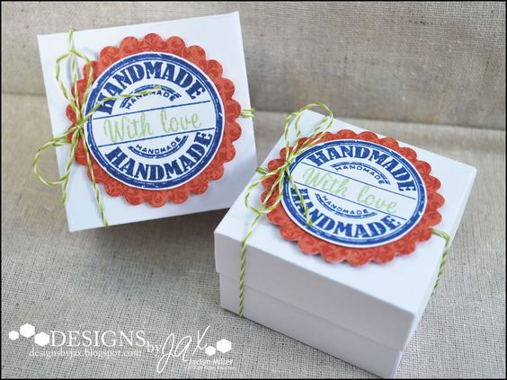These treat boxes by Jaclyn Miller are so neat! She made the boxes and then decorated them up with the Handmade Seal from TechniqueTuesday.com. Each box holds a brownie inside it!