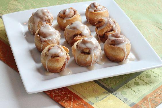 Mini cinnamon rolls, Cinnamon rolls and Cinnamon on Pinterest