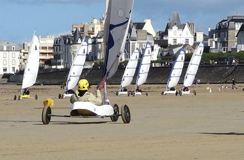 Surfschool Saint-Malo : activités ados adultes - char à voile - st malo
