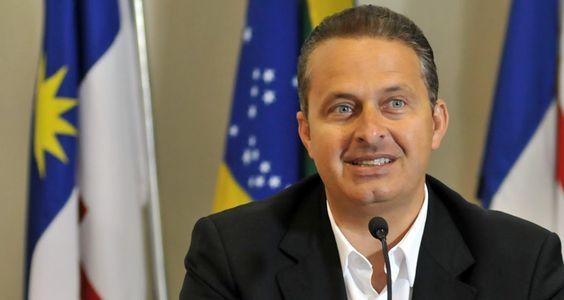 Eduardo Campos anuncia que vai renunciar mandato em abril de 2014
