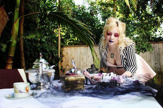 fashion, makeup, Alice in Wonderland