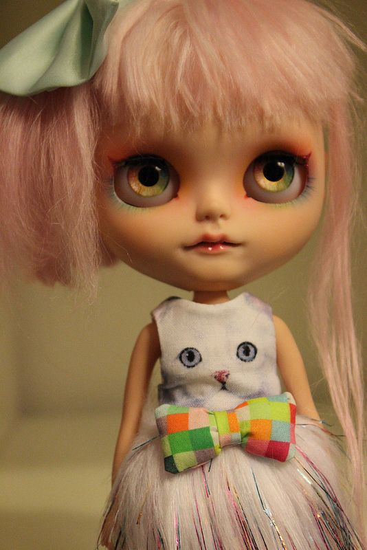 Misaki in her new BlytheandtheCity dress!