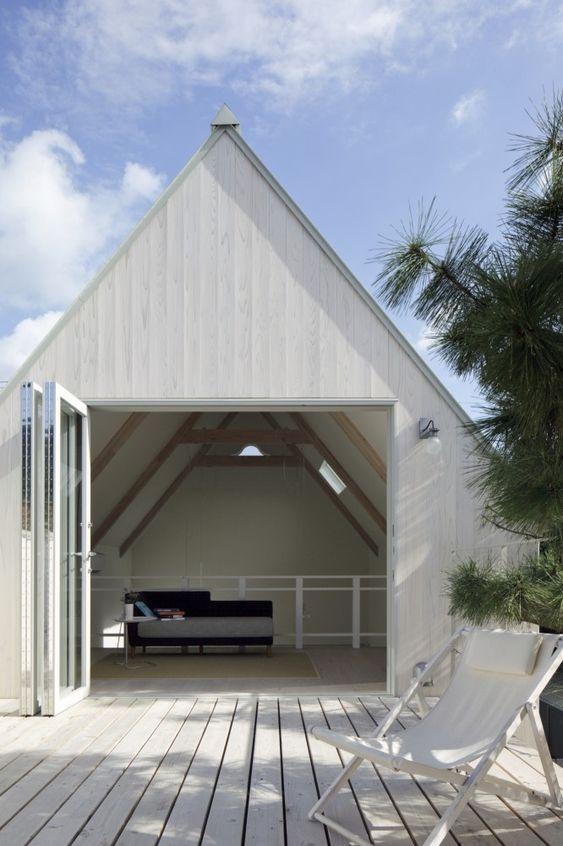 micro house, tiny house. ¡Que bien lograda esa terraza!