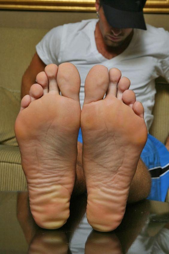 hombre footfetish gay