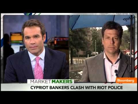 TV BREAKING NEWS Cyprus Crisis: Bankers Clashing With Riot Police - http://tvnews.me/cyprus-crisis-bankers-clashing-with-riot-police/