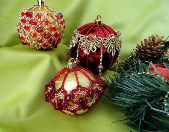 Beautiful beaded Christmas Balls | Beads Magic