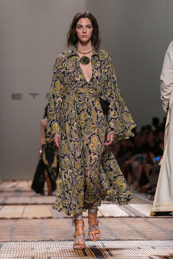 Bohemian Fashion: Bell Sleeves