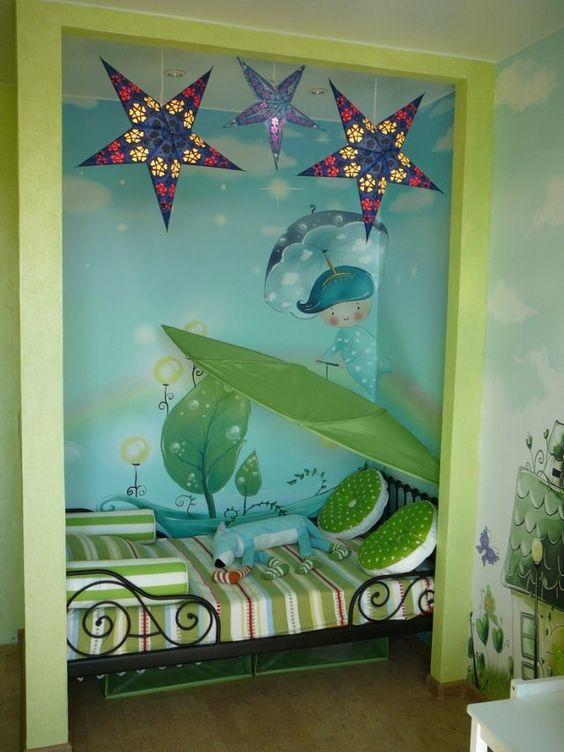 kinderzimmer gestalten farbe wandmalerei löva betthimmel grün blau