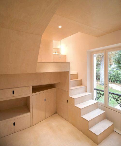 Inspiration: Small Parisian Garden Shed Apartment