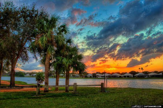 c66aa55f7e20c45b8b80789f3f113bee  beach gardens palm beach - Waterway Cafe Palm Beach Gardens Fl