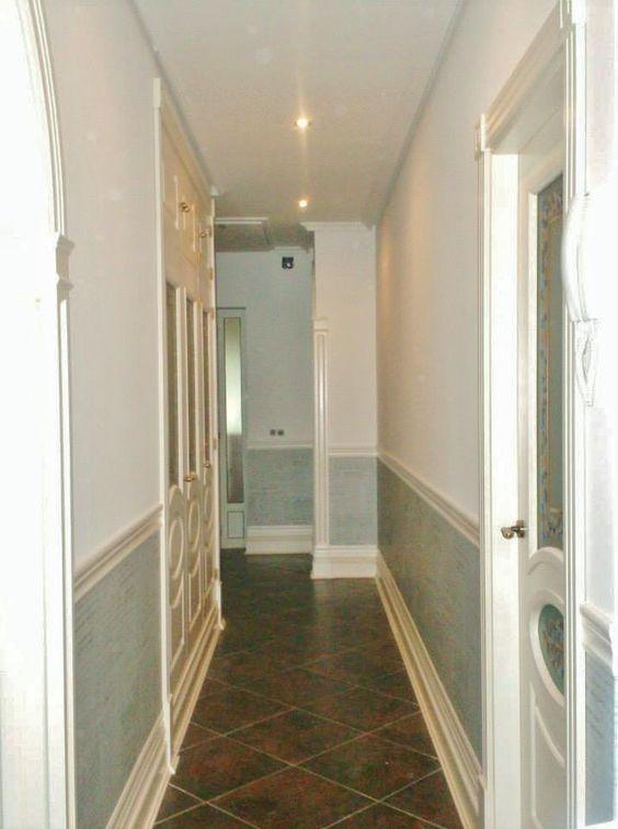 Alisado paredes zocalo papel pintado y pintura pasillo for Decorar paredes con pintura