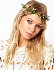 Ghirlanda per capelli con rampicante fiorito di Asos... Ideale per uno stille un pò hyppie