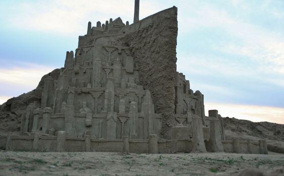 Minas Tirith en chateau de sable - http://www.2tout2rien.fr/minas-tirith-en-chateau-de-sable/