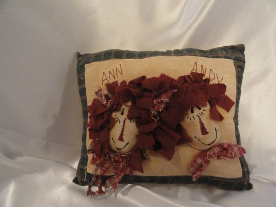 Raggedy Anne and Raggedy Andy pillow in by VintageAdorables, $15.00
