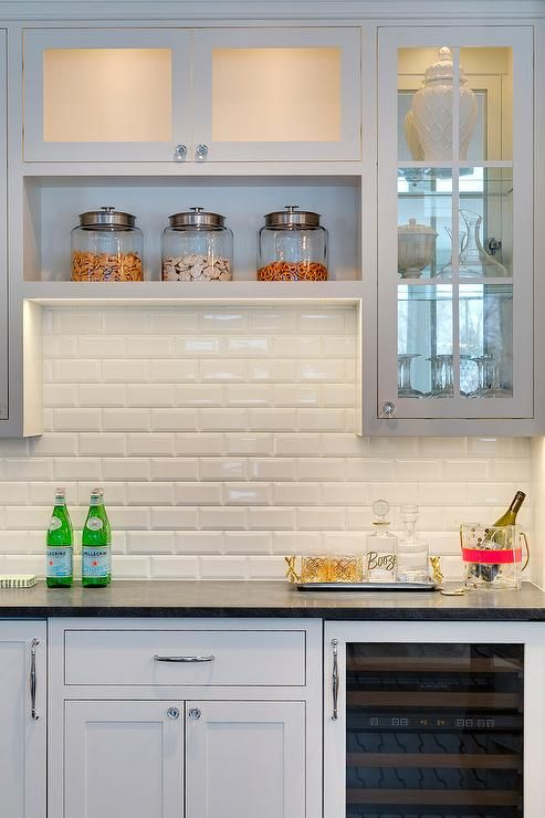 Kitchen Bars White Shaker Cabinets And Shaker Cabinets On