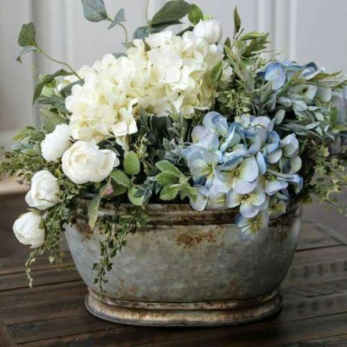 The Easiest Way To Follow Your Favorite Blogs Flower Arrangements Floral Arrangements Beautiful Flowers