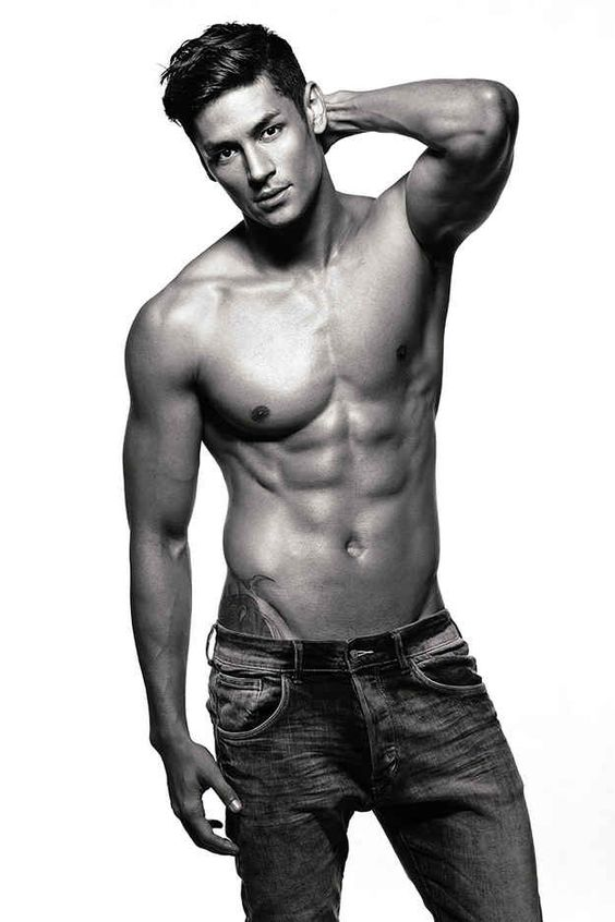 He's flawless. | Meet Hideo Muraoka, Your New Favorite Male Model. He's my new drawing project