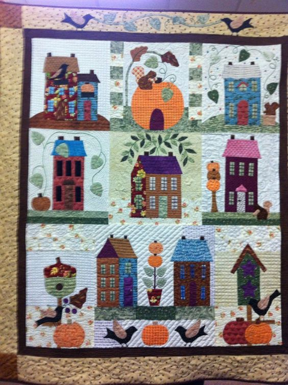 Autumn House BOM quilt. Hand appliqued and hand quilted.: