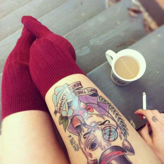 tattoos, cats, coffee but no cigarettes ._.