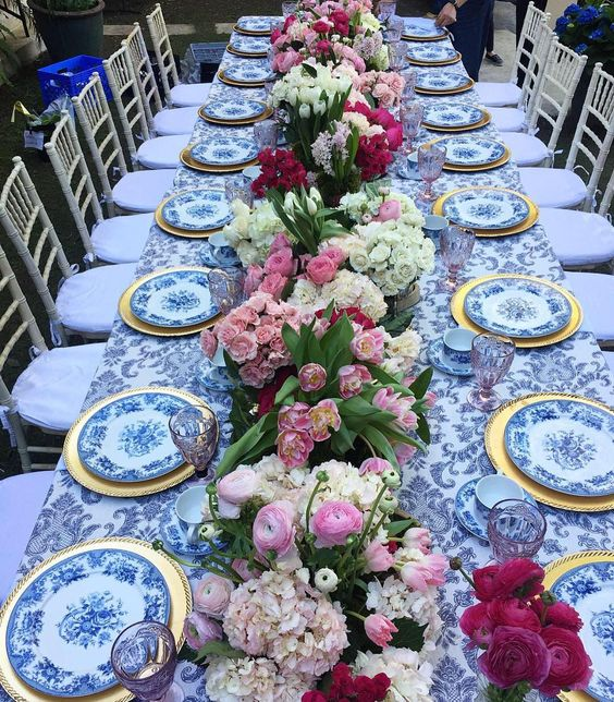 I love the flowers on this table.  So beautiful