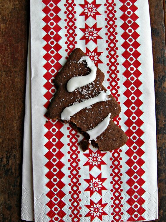 Gingerbread Trees with Lemon Icing | winter | Pinterest | Lemon Icing ...