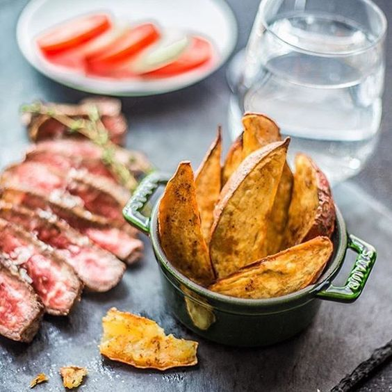 Dieting? You can still have steak and chips, just swap traditional fries for homemade sweet potato versions #health #healthy #diet #fitfam #nutrition #protein #carbs #steak #chips #eatclean #mealinspiration #udosaustralia
