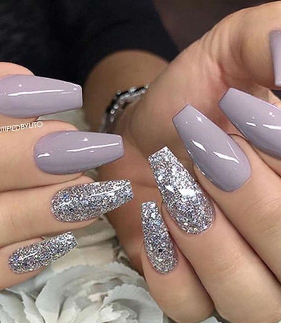 60 Gorgeous Glitter Acrylic Coffin Nails Designs Fall Acrylic Nails Christmas Nails Acrylic Nail Designs