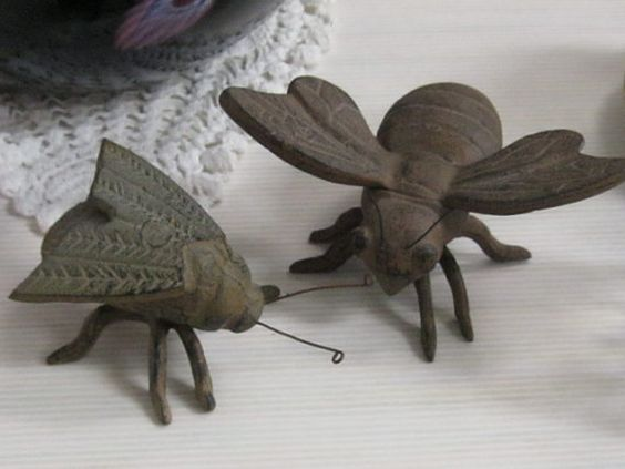 """Huge Vintage CAST IRON Bug INSECT Figurals / Paperweights - A Maligned """"fly"""" and a Bumble """"Bee"""" with Spread Out Wings"""