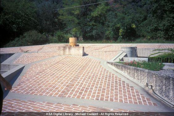 Carlo scarpa casa ottolenghi bardolino la terrazza for Piani della casa sul tetto