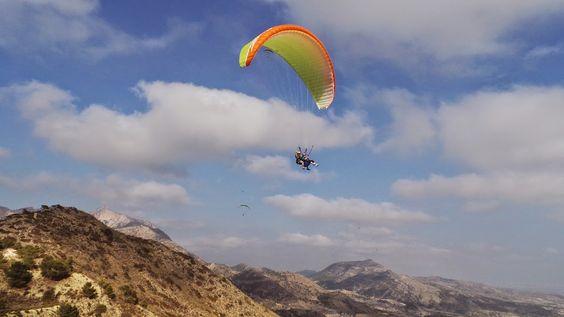 Parapente Aventura: Google+ El mediterráneo: Descubre el mar y la montaña volando en #parapente. Un paseo por el cielo alicantino que nunca olvidarás!