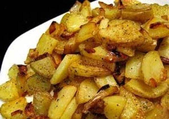 Sauteed/Fried Garlic Flavored Potatoes and Onions Recipe -  Yummy this dish is very delicous. Let's make Sauteed/Fried Garlic Flavored Potatoes and Onions in your home!