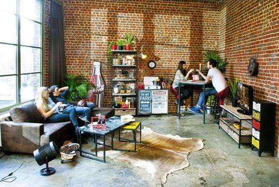 Doze salas de estar industriais