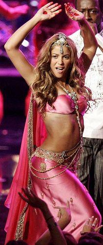 Shakira - Hips dont lie - by shakiramaniac, via Flickr