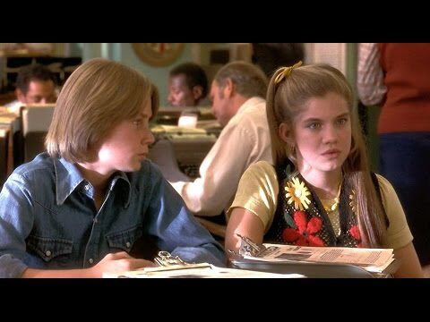 Anna Chlumsky style in My girl 2