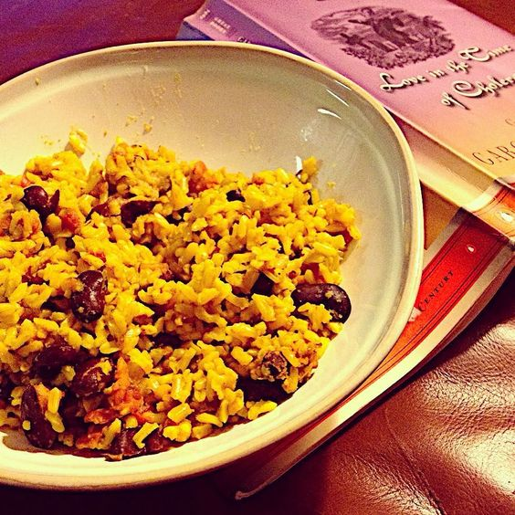 It's not pretty but... Caribbean rice and beans while reading #LoveInTheTimeOfCholera. #CookingTheBooks #maggieleighcooks #MaggieLeighReads2016 #vegan #vegetarian #untiliaddedchicken #bookstagram #foodstagram by maggieleighb4483