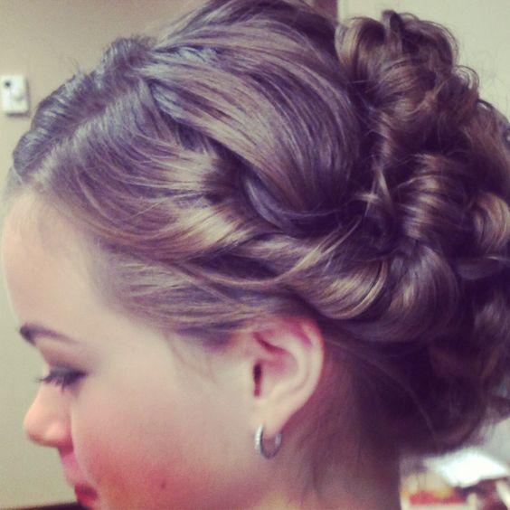 Wedding Hairstyles Junior Bridesmaids: Junior Bridesmaids, Hair And Bridesmaid On Pinterest