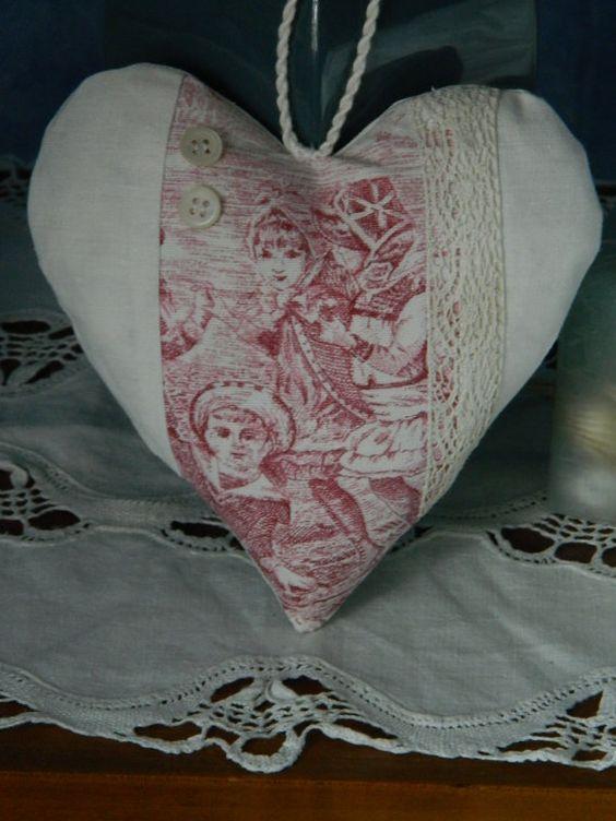"""Vintage de cintre - fait - main français tissu """"toile de Jouy"""" - coeur porte - livraison gratuite"""