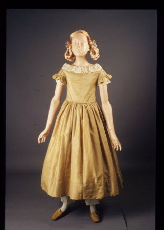 girls dress 1840s american early clothing