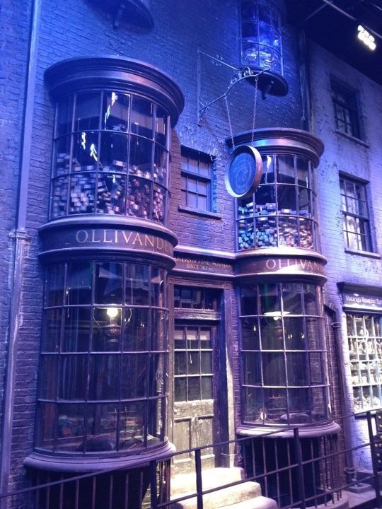 Harry Potter / Warner Bros Studio Tour. Ollivanders