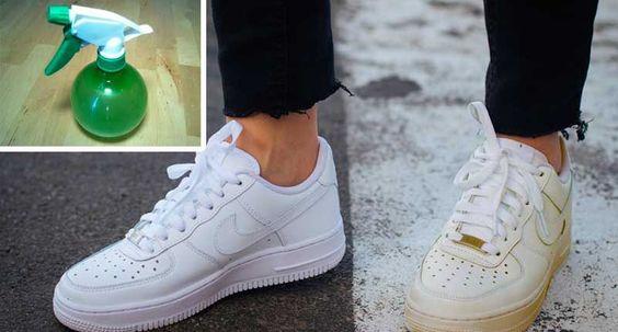 Las zapatillas blancas son como los cuellos de camisa: un elemento de estilo imprescindible que, sin embargo, cuesta mantener limpio. Las zapatillas blancas se ven geniales cuando están nuevas, pero luego de haberlas usado, la el cuero o lona blanca puede tomar un color marrón poco atractivo