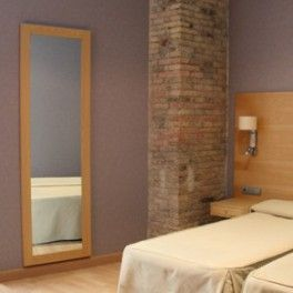 Espejos con marco de melanina de diversas medidas y for Espejos decorativos para habitaciones