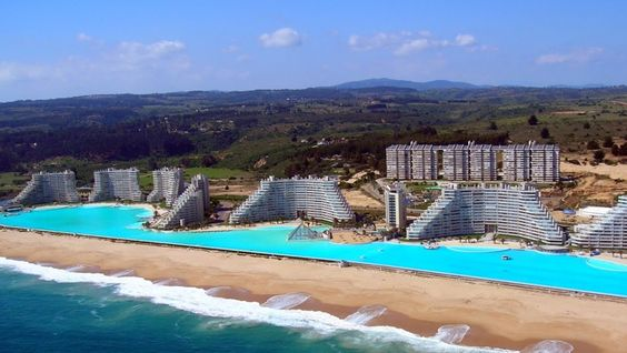 World's Largest Pool, The Crystal Lagoon Chile 04