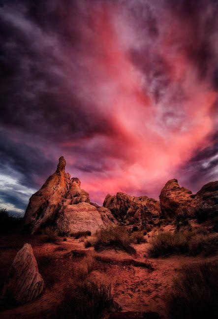 La puissance du feu & de la lumière, Valley of Fire, Nevada par Karen Hutton.