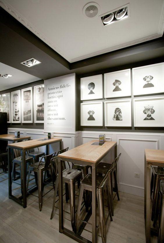 Fotos mesas y taburetes en el proyecto de decoración del Bar Amistad.