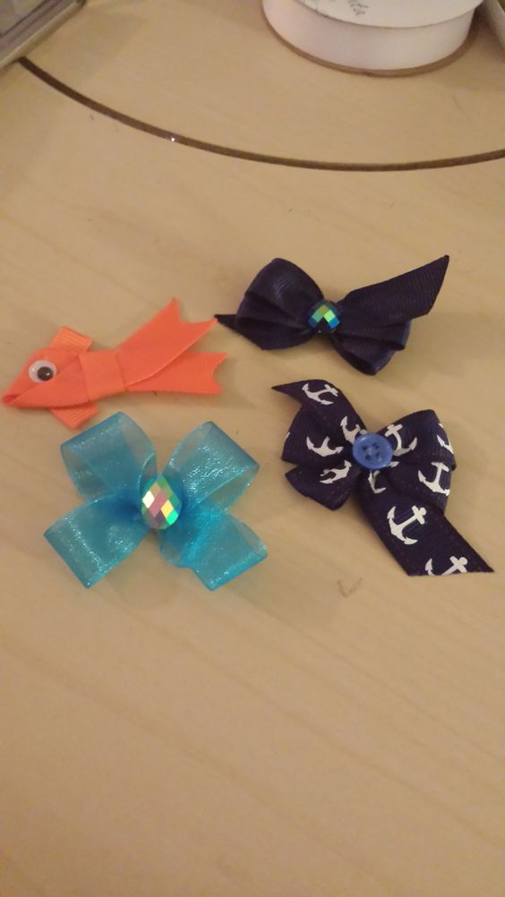 Tiny different bows