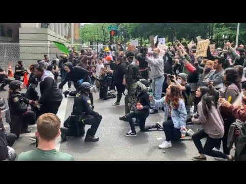 Raw Video Portland Police Officers Kneel With Protesters Youtube The Art Of Listening Police Officer Dr Martin Luther King Jr