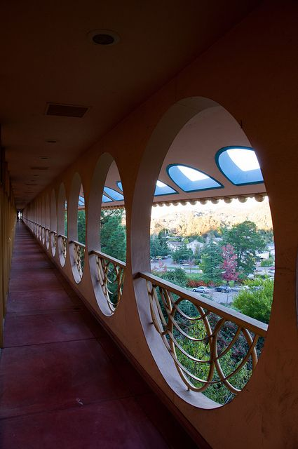City of san rafael beautiful balconies and nyc for Frank lloyd wright california