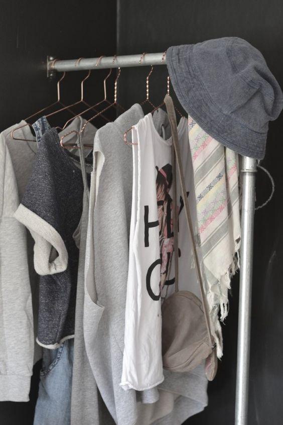 teenager-fashion-teenroom-room-indretning-clothesstorage-toejstativ-vandrør